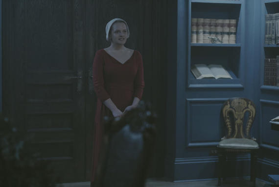 "The Handmaid's Tale -- ""The Bridge"" -- Episode 109 -- Offred embarks on a dangerous mission for the resistance. Janine moves to a new posting. Serena Joy suspects the Commander's infidelity. Offred (Elisabeth Moss), shown. (Photo by: George Kraychyk/Hulu)"