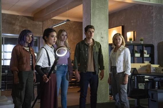 "Runaways -- ""Devil's Torture Chamber"" - Episode 308 -- Nico convinces Cloak and Dagger to take the Runaways to the Dark Dimension to save Alex, but it's Alex who ends up saving them all. Gert (Ariela Barer), Nico (Lyrica Okano), Karolina (Virginia Gardner), Chase (Gregg Sulkin) and Tandy (Olivia Holt), shown. (Photo by: Michael Desmond/Hulu)"