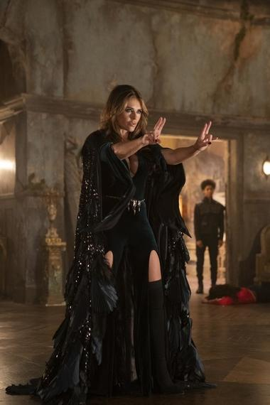 "Runaways -- ""Cheat The Gallows"" - Episode 310 -- Two years after defeating Morgan, visitors from the future send the Runaways back through time to prevent their own murders and even save a friend thought lost forever. Morgan le Fay (Elizabeth Hurley), shown. (Photo by: Michael Desmond/Hulu)"