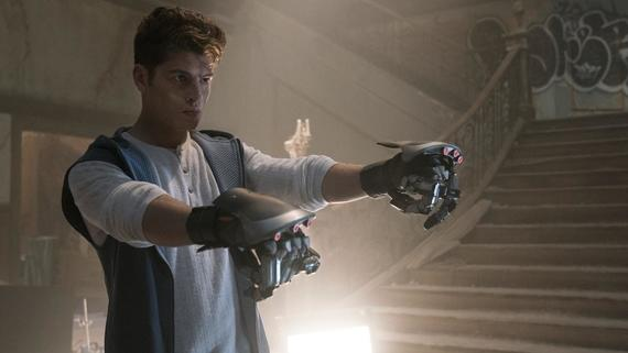 "Runaways -- ""Double Zeroes"" -- Episode 203 -- Alex, comfortable in Compton and embarking on a new romance, is betrayed. Jonah gives Leslie a mission while Catherine exacts vengeance. Janet tries to unlock a trove of otherworldly secrets and Molly makes a difference in the streets of Los Angeles. Chase Stein (Gregg Sulkin),shown. (Photo by: Michael Desmond / Hulu)"
