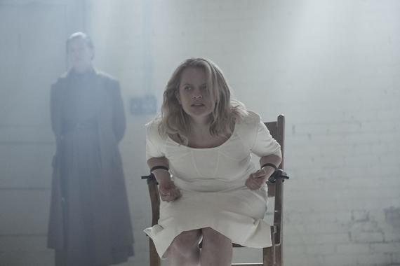 "THE HANDMAID'S TALE -- ""Other Women"" -- Episode 204 -- A baby shower provokes a troubling shift in Offred's relationship with Serena Joy. Offred reckons with the choice she made that led her to become a Handmaid. Offred (Elisabeth Moss), shown. (Photo by: George Kraychyk/Hulu)"
