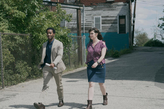 """CASTLE ROCK -- """"Local Color"""" - Episode 103 - The past catches up with Molly Strand. Henry Deaver (Andre Holland) and Molly Strand (Melanie Lynskey) shown. (Photo by: Seacia Pavao/Hulu)"""