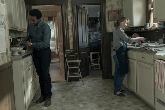 """CASTLE ROCK -- """"The Box"""" - Episode 104 - Henry prepares for his day in court; a coffin arrives in Castle Rock. Henry Deaver (Andre Holland) and Ruth Deaver (Sissy Spacek) shown. (Photo by: Seacia Pavao/Hulu)"""