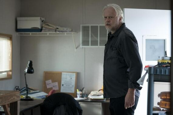 """CASTLE ROCK -- """"The Word"""" - Episode 207 -- An angel watches over this place. Pop Merrill (Tim Robbins), shown. (Photo by: Dana Starbard/Hulu)"""