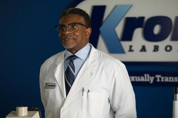 "Future Man -- ""A Riphole In Time"" - Episode 103 -- Tiger and Wolf decide it's time for Dr. Kronish to die. Josh reluctantly agrees to help—but when he realizes he can't go through with it, he finds himself caught in Tiger and Wolf's sights instead. Dr. Kronish (Keith David), shown. (Photo by: Erin SimkinHulu)"