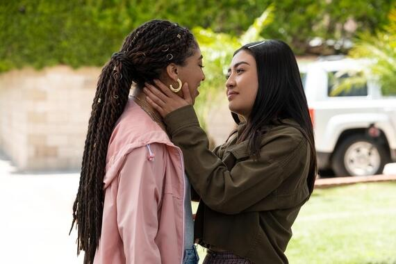 "Light as a Feather -- ""...White as a Ghost"" - Episode 208 --The girls have a new lead that could fix all their problems -- but to see it through, they will have to risk it all. Peri (Adriyan Rae) and Alex (Brianne Tju), shown. (Photo by: Alex Lombardi/Hulu)"
