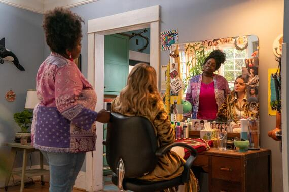 """Shrill -- """"ribs"""" - Episode 301 -- A newly single Annie jumps back into the dating world with mixed results, and has a traumatic encounter at the doctor. Fran and Emily take their relationship to the next level. The Thorn faces serious cutbacks. Fran (Lolly Adefope), shown. (Photo by: Allyson Riggs/Hulu)"""
